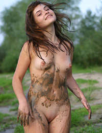 Ann mud bath