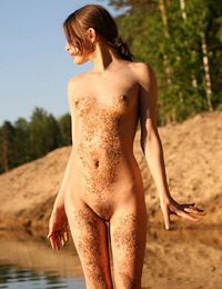 Sexy nude pictures of naked ylia